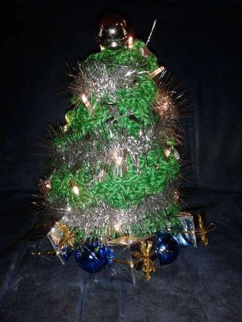 Gehaakt kerstboompje met lampjes